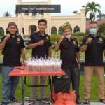 Laskar Melayu Bersatu Kec Siak Bagi-Bagi Takjil Gratis
